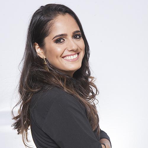 Monique Santos Caniçali
